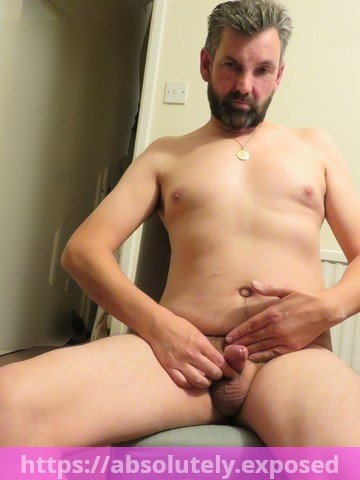 Greg Graysmith jerking his little cock