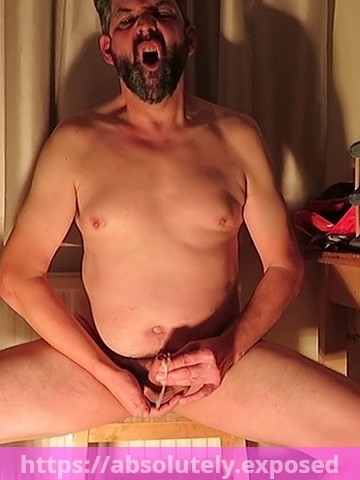 Greg Graysmith exposed orgasm face and cumming